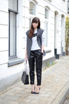 Lucy doing leather... well played girl.  Arnhem, NL. #lovelybylucy