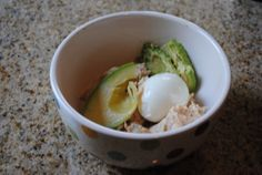 One Hard-Boiled Egg + 1/2 Avocado + Light Tuna. Mashed together like tuna salad. #Paleo Snack.