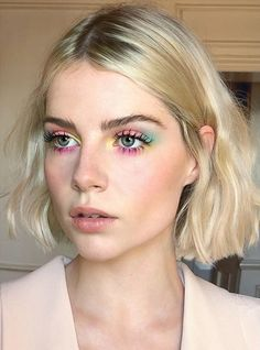 """History of eye makeup """"Eye care"""", in other words, """"eye make-up"""" has always been a Neon Eyeshadow, Eyeshadow Makeup, Makeup Art, Eyeshadow Palette, Hair Makeup, Easy Eyeshadow, Colorful Eyeshadow, Simple Eyeshadow Looks, Witch Makeup"""