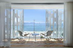 Suite with sea views Seaside Resort, Most Beautiful Beaches, Beach Hotels, All Over The World, Windows, Wanderlust, Flat, Rio De Janeiro, Bass