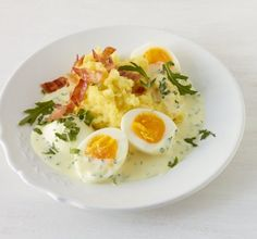 Wer kann denen schon wiederstehen? Die weichen Eier zu der kräftigen Senfsauce sind mit Rauke verfeinert, schnell gemacht und schmecken einfach klasse.