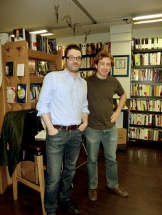 "Ramón González Férriz presentó ""La revolución divertida"" (Ed. Debate) junto a Daniel Gascón."