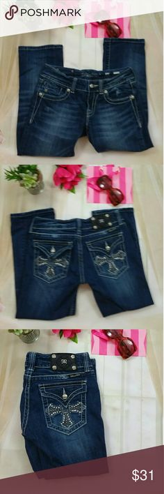 """.  Miss Me Capris 27 CAPRI Blue Denim This is a pair of Miss Me capris Jeans denim. They are size 27 in. The style number is JY 5046 p8. They measure about 28 inches waist the rise is almost 8 inches. In scene is 22"""". They are in great preowned condition there may be a loss of just a few of the little tiny rhinestones on the pockets and it's hardly noticeable. Otherwise they are in great preowned condition. Miss Me Pants Capris"""