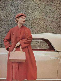 Manteau 1953 Jean Patou. L'officiel de la mode.