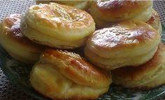 Syrové pagáče pripravené bez kysnutia už za 15 minút! Pripraviť ich zvládne každý a sú úžasne krehké, kypré a chutné. - Báječná vareška