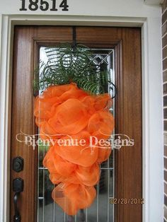 LARGE Carrot Easter Mesh Wreath by lesleepesak on Etsy, $55.00