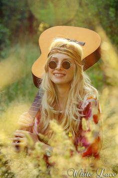 ☮ American Hippie Bohemian Style ~ Boho So Sweet! Hippie Style, Mode Hippie, Hippie Love, Hippie Chick, Hippie Bohemian, Boho Gypsy, Bohemian Style, Boho Chic, Gypsy Soul