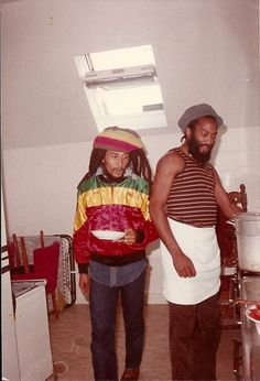 **Bob Marley** & Antonio 'Gilly' Gilbert, Gronalund, Stockholm, Sweden, June 17, 1980. ►Hotel room; Uprising Tour ►►More fantastic pictures, music and videos of *Robert Nesta Marley* on: https://de.pinterest.com/ReggaeHeart/