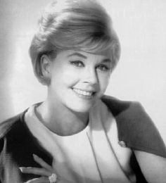 Doris Day has always been one of my favorites! She glows with perfection and leaves much to be admired.