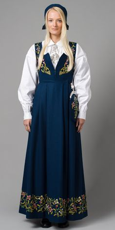 "Blue ""Lillehammer bunad"" from Lillehammer, Oppland, Norway (It is also made in green, red and black, but I haven't found a picture) Lillehammer, Norwegian Clothing, Folk Clothing, Ethnic Dress, Folk Costume, Folklore, Traditional Dresses, Cold Shoulder Dress, People"