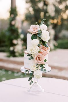 """From the editorial, """"Magical Mountain Views Bring The Romance In This Paradise Valley Wedding"""". This intimate wedding has officially stolen our hearts! Make sure to visit the full gallery on SMP.com! 