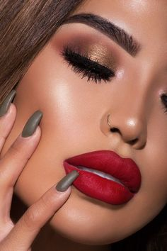 iluvsarahii x ColourPop - Arriba! true warm red Ultra Matte Lip lipstick on model