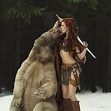 """Incredible """"extreme"""" cosplay called Merida by the model Tina Rybakova. Photo by Dasha Kond """"I need a bear for my cosplay. A bear. 5 years, an exotic pet license, and Warrior Girl, Fantasy Warrior, Warrior Princess, Warrior Women, Arms Warrior, Warrior Fashion, Foto Picture, Red Sonja, Beltane"""