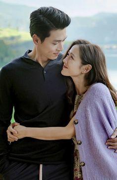 Yoon Se-ri & Capt Ri Jeong-hyeok - Crash Landing on You Asian Actors, Korean Actors, South Korean Women, Netflix, Shu Qi, Best Kdrama, Chad Michael Murray, Chinese Movies, Hyun Bin