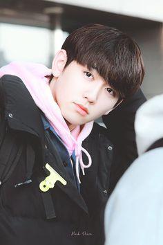 Yg Entertainment, Yoshi, Kpop, Angry Face, Im Going Crazy, Fandom, Treasure Boxes, Cute Faces, Handsome Boys