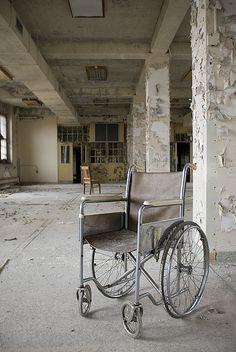 Pennhurst State School  Hospital