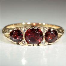 Vintage 18k Garnet and Diamond Ring c.1960