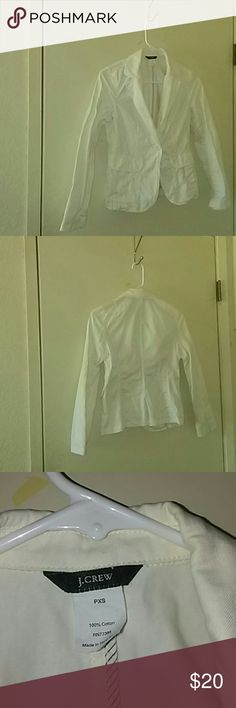 White cotton blazer from J Crew White cotton blazer from J Crew, in excellent used condition. Still looks new, worn only a couple times.  Goes with anything.  Great for cool summer nights.  Slit in the back.  Matching white buttons.  Single button closure.  2 pockets in the front.  Would look cute with a pair of blue skinny jeans folded at the cuff and a tank or tee and a pair of flats or flip flops.  I love reasonable offers and i do discount on bundles.  No paypal or trade though. J. Crew…