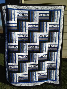 rail fence quilt - Google Search love the blue sashing between jelly roll rows!!