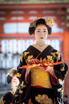 舞妓 maiko ふく朋 fukutomo 宮川町 節分祭 KYOTO JAPAN, Maiko of Kyoto (Not giesha, different)