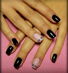 22 Most Eye Catching Beautiful Black Nail Art Ideas Fancy Nails, Get Nails, Pretty Nails, Hair And Nails, Pink Black Nails, Black Nail Art, Black Nail Designs, Nail Art Designs, Vernis Semi Permanent