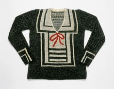 """Dressed Podcast on Instagram: """"Episode 12: Elsa Schiaparelli⠀ ⠀ The hand-knit trompe l'oeil sweaters Schiaparelli produced as part of her earliest collections in…"""" Elsa Schiaparelli, News Fashion, Fashion History, Isadora Duncan, Vintage Outfits, Vintage Fashion, Image Mode, Vogue, Italian Fashion Designers"""