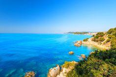 La Costa Dorada est dorée, comme son nom l'indique : le soleil est presque toujours présent, les températures sont agréables et les plages se succèdent sur de nombreux kilomètres.