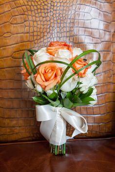 orange & white rose bridal bouquet with greenery / Koru Wedding Style: {Orange & White Florida Wedding} Soliane & Mackendy