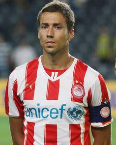 David Fuster - Szukaj w Google David, Villarreal Cf, Sports, Mens Tops, T Shirt, Passion, Google, Red, Football Soccer