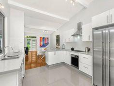 15 Keele Street, Como West, NSW 2226 #caesarstone #kitchen #design #inspiration #benchtop #renovation #ideas