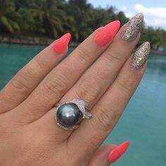 Good Morning☀ how beautifully put together is this manicure by ✨@stilett0meup ...glitter, bright colors and her STUNNING Black Pearl Souvenir while visiting Bora Bora. Such a beautiful woman with a shoecloset to die for & all things fabulous  @stilett0meup @stilett0meup @stilett0meup✨ - @vegas_nay- #webstagram