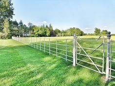Our standard Estate Fencing and Gates provides a continuous boundary fence constructed from galvanised or ungalvanised steel. Garden Railings, Gates And Railings, Garden Fencing, Fence Design, Garden Design, Driveway Landscaping, Driveway Ideas, Cast Iron Fence, Manor Garden