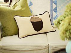 Fall-Inspired Linen and Felt Acorn Pillow DIY HGTV  http://www.hgtv.com/handmade/fall-inspired-linen-and-felt-acorn-pillow/index.html