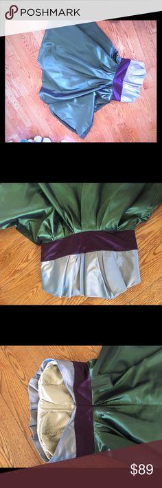 Beautiful dress 🌸 Beautiful unique size 4/6 Dresses