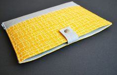 iPad 3 Case / iPad 1 Case / iPad 2 Cover / iPad 1 Cover / iPad Sleeve / iPad Case / iPad Holder / Padded iPad Case - Yellow Wave