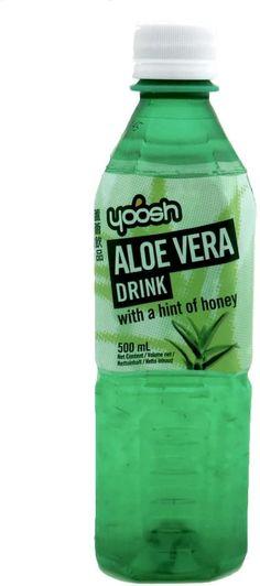 Refresco con aloe vera Yoosh, un agua sin gas, saborizada con miel, y que contiene un 8 % de aloe vera, no específica en que cantidades tiene el jugo y el gel.
