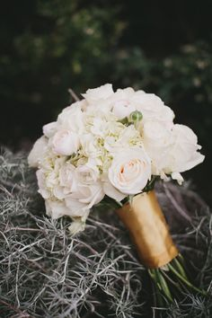 gold bridal bouquet