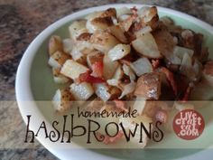 Use this great recipe for hash browns in order to make your own super delicious has browns that everyone will love on a Saturday morning. Breakfast Crockpot Recipes, Homemade Breakfast, Brown Recipe, Main Course Dishes, Low Carb Peanut Butter, Breakfast Hash, Hash Browns, Real Food Recipes, Yummy Recipes