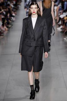 DKNY Spring/Summer 2016 Ready-To-Wear New York Fashion Week NYFW SS16