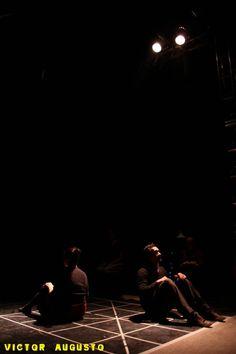 Um lugar para ficar em pé - 2012 Direção Hector Briones
