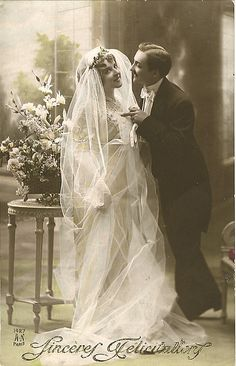 One of the best old wedding photos I've seen to date! It's not your typical stiff, non-smiling photo but a lot warmer and fun kind. It's a real delight to look at! So sweet! Wedding Bride, Wedding Gowns, Bride Groom, Wedding Reception, Bling Wedding, Tulle Wedding, Wedding Night, Wedding Outfits, Farm Wedding