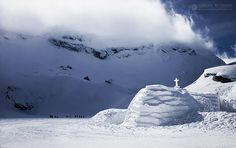 Balea Ice Hotel, the largest Ice Hotel from the Eastern Europe. Winter Goddess, Ice Hotel, Winter Is Coming, Eastern Europe, Romania, Winter Wonderland, Journey, Mountains, Travel