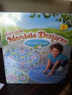 Mihaela Testfamily: Ravensburger Outdoor Mandala Designer - ein Riesenspass !!!! #ravensburger #mandala #outdoormandala #mandaladesigner #Kinder #MihaelaTestfamily #creativekids