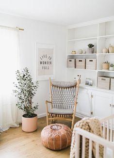 Interior Design Ideas and Home Decor Inspiration Home Design, Interior Design, Nursery Inspiration, Nursery Ideas, Project Nursery, Playroom Ideas, Nursery Themes, Design Inspiration, Nursery Neutral