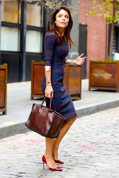 Is this a Vogue shoot? Oh no, that's just Bethenny Frankel walking the streets of NYC! And that's not all she'll be doing soon. This #Housewife is returning to the cast of #RHONY!