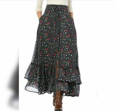 X-mas print georgette tiered maxi skirt - - X-mas print georgette tiered maxi skirt The cold Women's Fashion Clothing and Custom Blouse And Skirt, Dress Skirt, Midi Skirt, Long Skirt Outfits, Long Skirt Style, Hijab Fashion, Women's Fashion, Teen Fashion Outfits, Fashion Women