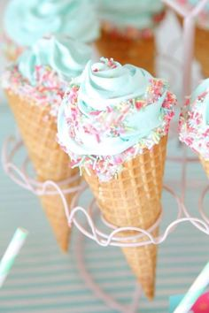 minty ice cream cones #birthday #spring #icecream #bringJOYhome