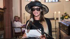Beerdigung der Privatsphäre: Gina-Lisa Lohfink trauert