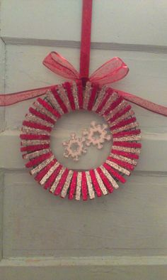 Wine, Food, and Crafts: Snowflake Clothespin Wreath