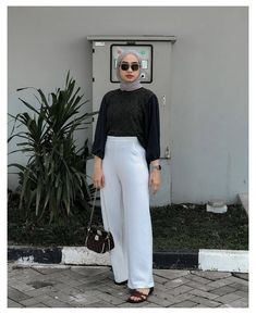 Hijab Fashion Summer, Modest Fashion Hijab, Street Hijab Fashion, Casual Hijab Outfit, Muslim Fashion, Cute Casual Outfits, Simple Outfits, Ootd Fashion, Fashion Outfits